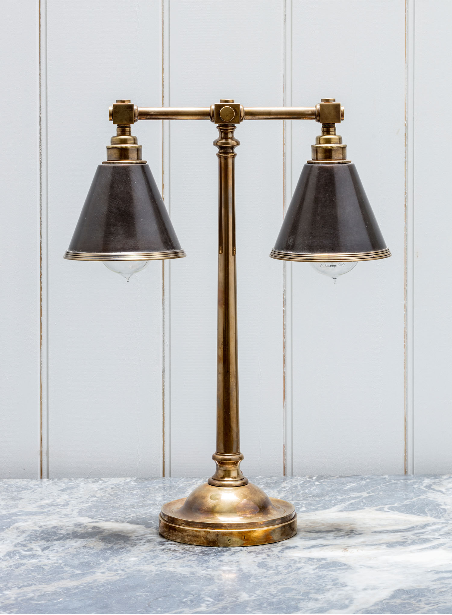 Lighting Metal Table Lamp in Antique